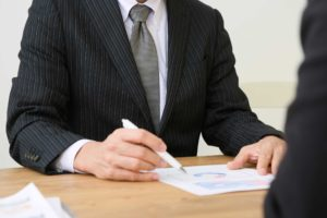 会社の倒産について相談すべき相手は弁護士?税理士?
